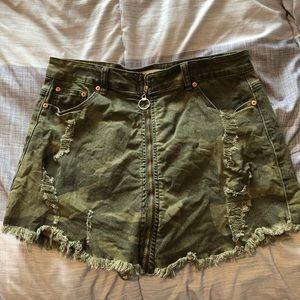 Camo mini skirt size L